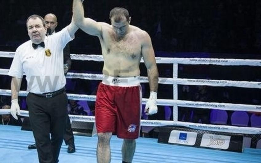 Azərbaycanlı boksçu lisenziya üçün döyüşəcək