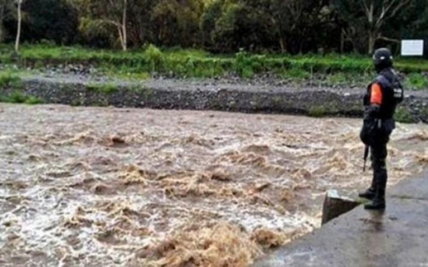 Meksikada leysan yağışlardan on yeddi min insan zərər çəkib