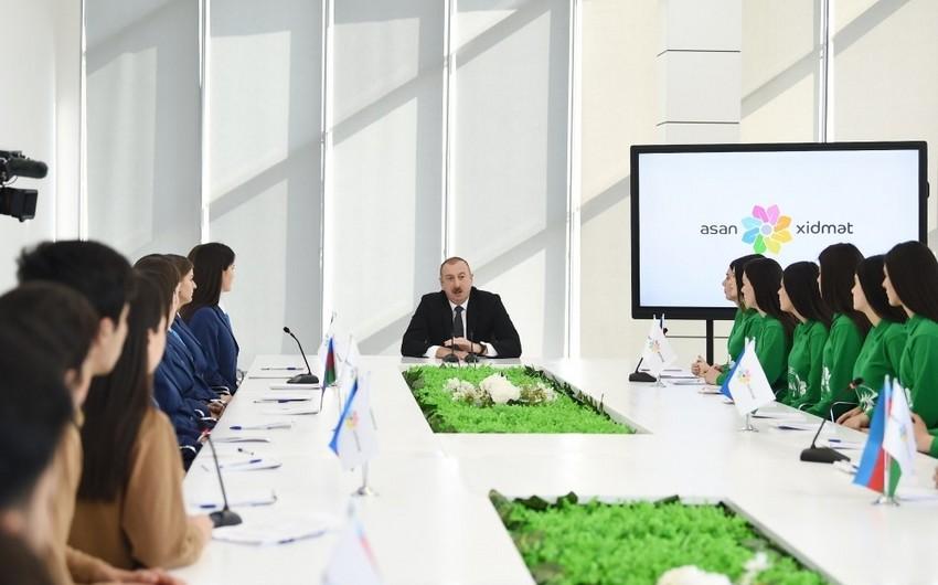 Prezident məmurlara növbəti dəfə nümunə oldu - VİDEO