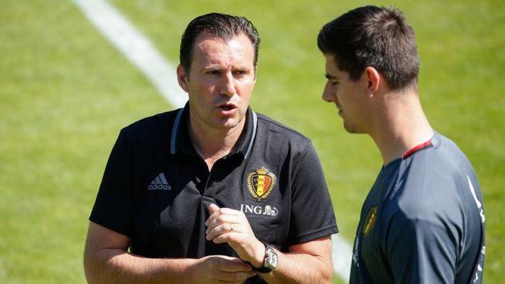 Вратарь Челси подал в суд на бывшего главного тренера сборной Бельгии