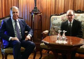Лавров обсудил с Айвазяном реализацию соглашений по Карабаху
