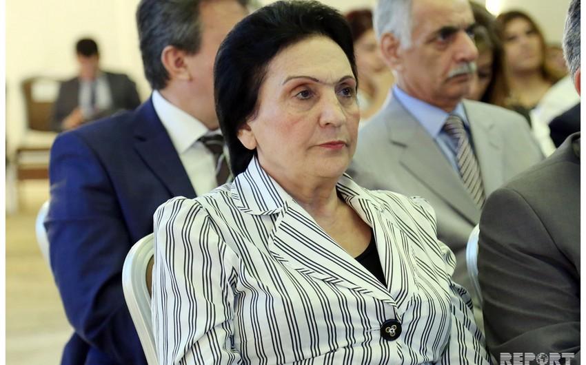 BSU-nun rektoru şöbə müdirinin pulları mənimsədiyini təsdiqlədi:  -