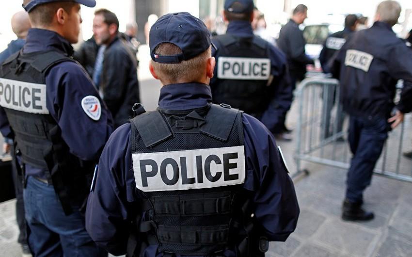 HRW: Fransada qaçqınlara humanitar yardım göstərənlər polislər tərəfindən təzyiq və təqiblərə məruz qalırlar