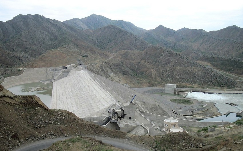 Iran, Azerbaijan to jointly continue building 2 hydropower plants