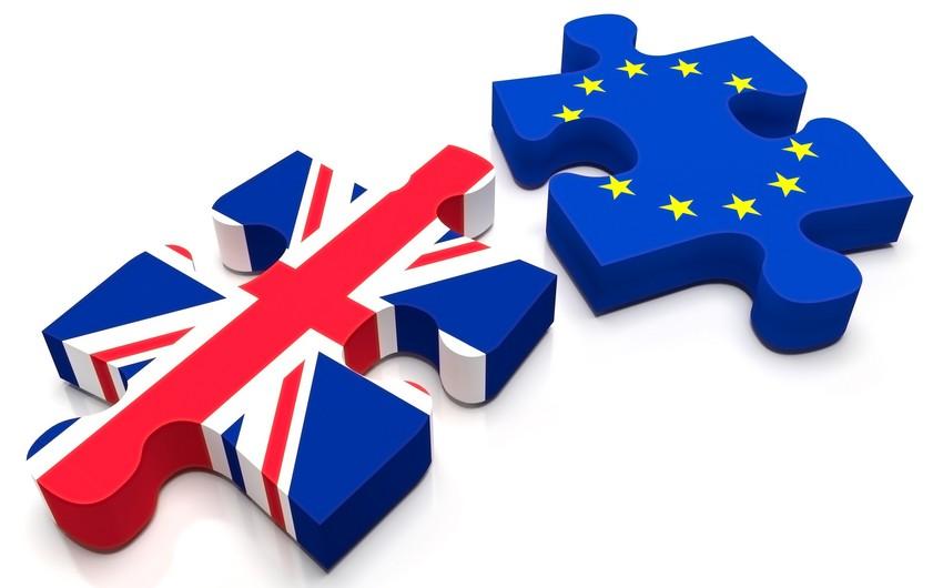 Avropa Parlamenti Brexit sazişini dayandıra biləcəyi ilə bağlı xəbərdarlıq edib