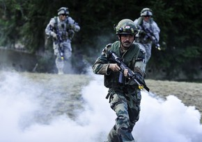 Indian security personnel killed after ambush by Maoists