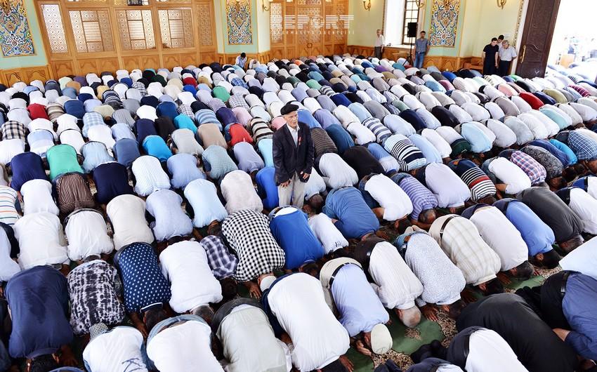 УМК внесло ясность в неопределенность со временем совершения праздничного намаза в мечетях Азербайджана