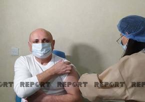 В Азербайджане начинается вакцинация представителей политических партий