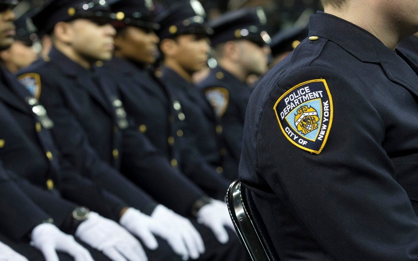 Nyu-Yorkda Çinə gizli məlumat ötürən polis tutulub