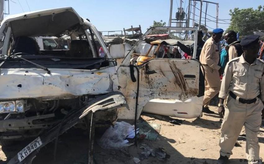 Somalidə avtobus partladılıb, 10 nəfər ölüb - YENİLƏNİB