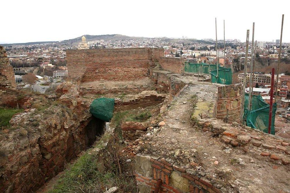 Restoration of Narikala fortress in Tbilisi ends in late 2017