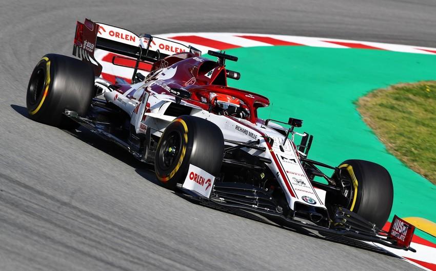 Formula 1də ikinci test sessiyası start götürdü
