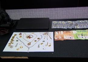 В Баку из дома украли 70 тысяч манатов и золото на 40 тысяч долларов