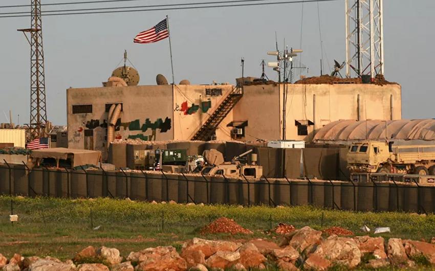 Amerikanın Suriyadakı bazasına hücum olub