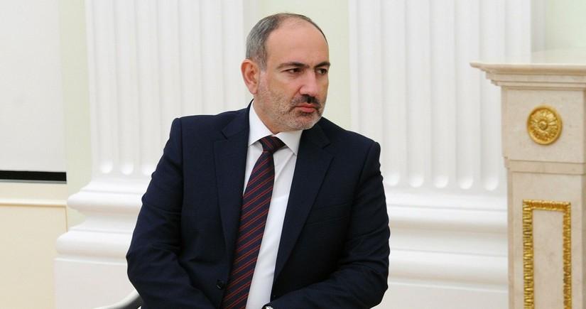 Armenian lawyer sues Pashinyan