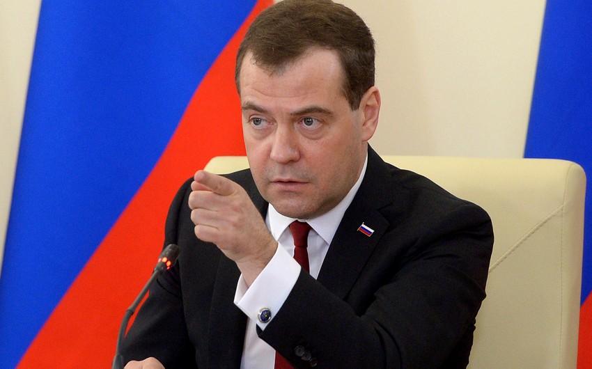 Премьер-министр РФ: С принятием закона о санкциях США объявили России полноценную торговую войну