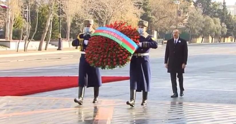 """Prezident İlham Əliyev """"Ana harayı"""" abidəsini ziyarət edib"""