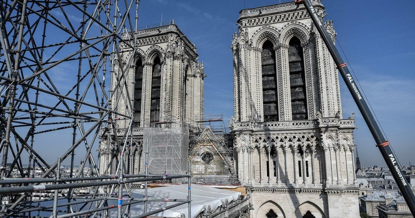 Paris Notr-Dam kilsəsində təhlükəsizlik işləri başa çatıb