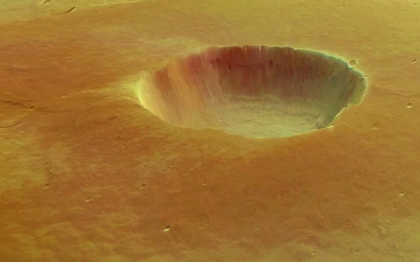 Marsda yeni vulkan püskürmələrinin izləri aşkarlandı