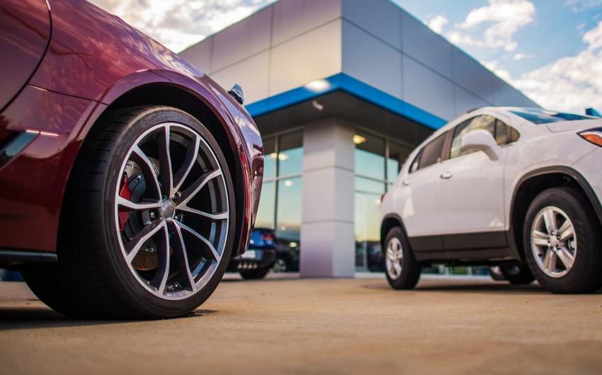 Aİ-də avtomobil satışları son 8 ilin minimumuna düşüb