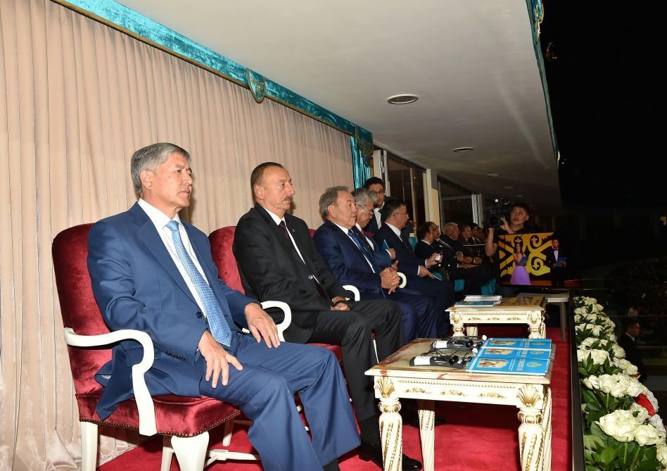 Prezident İlham Əliyev Astanada Qazax xanlığının 550 illik yubileyi ilə bağlı teatrlaşdırılmış tamaşaya baxıb