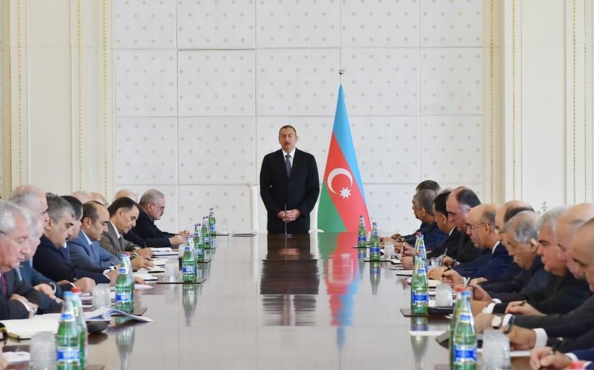 Prezident İlham Əliyev: İxrac bazarlarının araşdırılması istiqamətində ciddi işlər aparılmalıdır