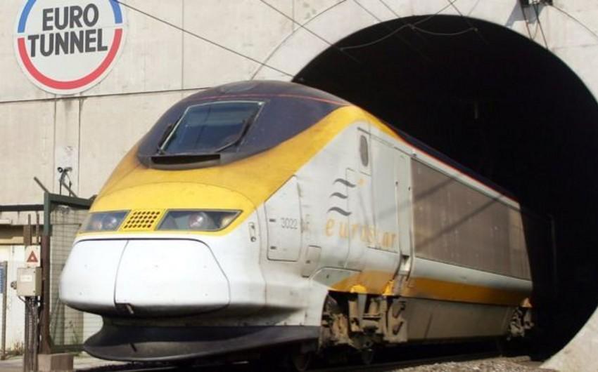 """Britaniya hökuməti """"Eurotunnel"""" şirkətinə 43,7 mln. dollar ödəyəcək"""