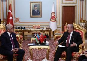 Премьер-министр Али Асадов встретился со спикером парламента Турции