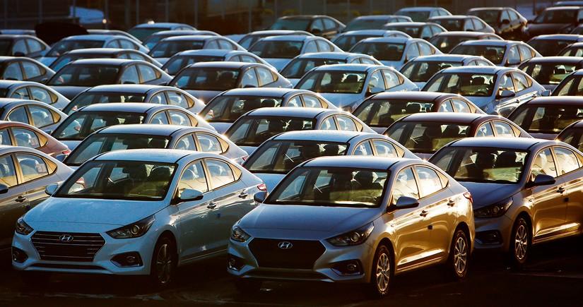 """""""Hyundai"""" elektromobillərində batareyaları dəyişdirir"""