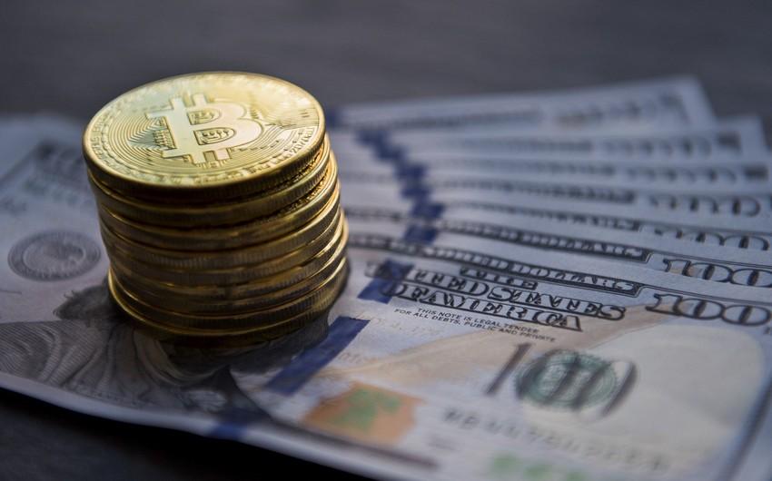 Bitkoin 7 %-ə yaxın ucuzlaşıb