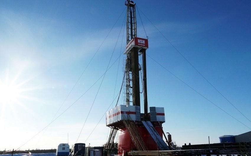 Число нефтегазовых буровых установок в США упало до рекордного минимума