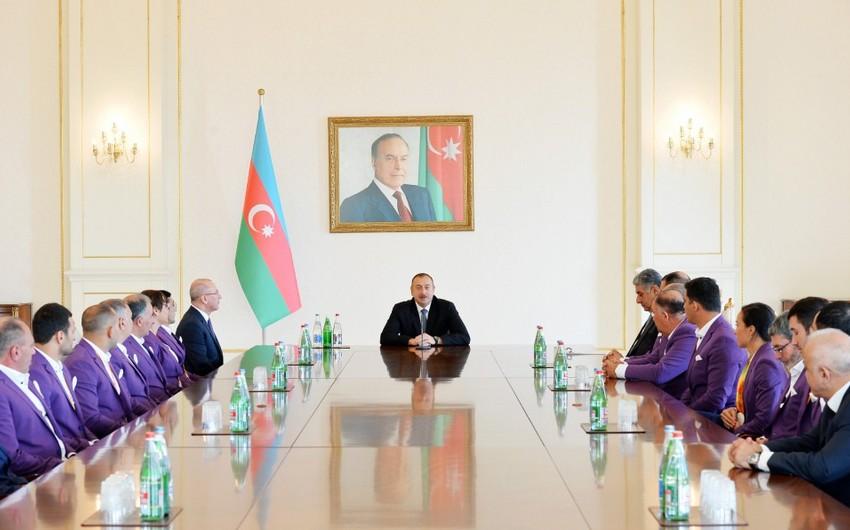 Prezident İlham Əliyev XV Yay Paralimpiya Oyunlarında iştirak etmiş idmançılarla görüşüb - YENİLƏNİB