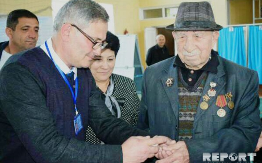 Qazaxda 100 yaşlı seçici səs verib