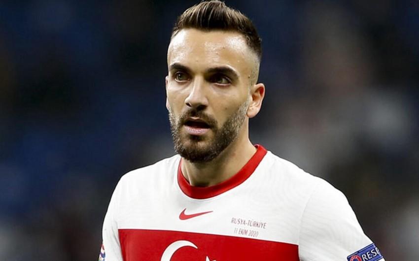 Türkiyə millisinin futbolçusu barmağı qırıldığı üçün heyətdən çıxarılıb