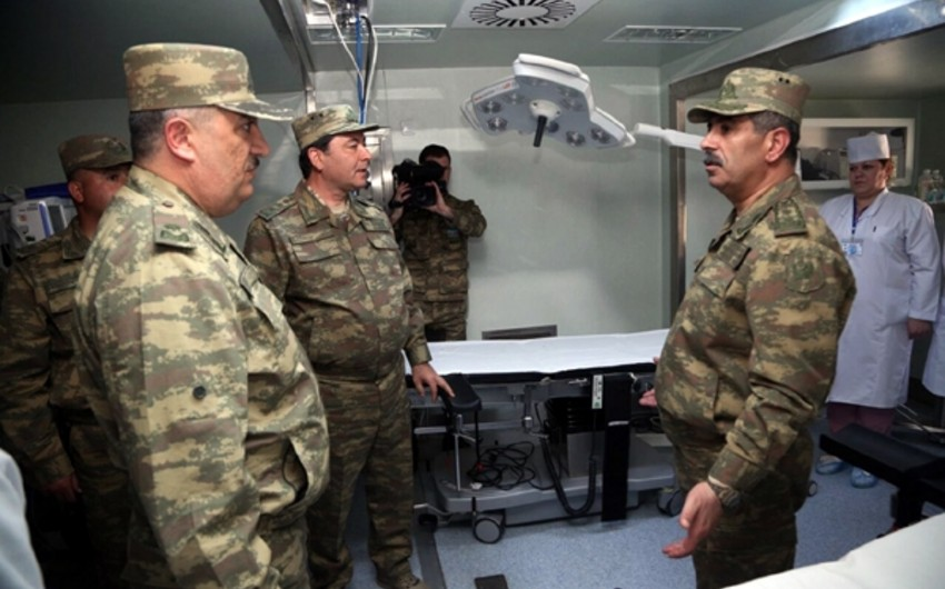 Defense Minister visits one of the mobile field hospitals located on frontline