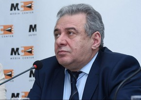 Armenia Defense Minister meets with relatives of missing servicemen
