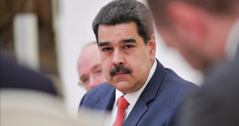 Мадуро опубликовал свой номер и призвал добавлять его в чаты