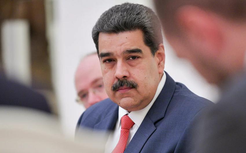 Venesuela rəhbəri teleqram, vatsap nömrəsini paylaşdı: Məni qruplarınıza əlavə edin