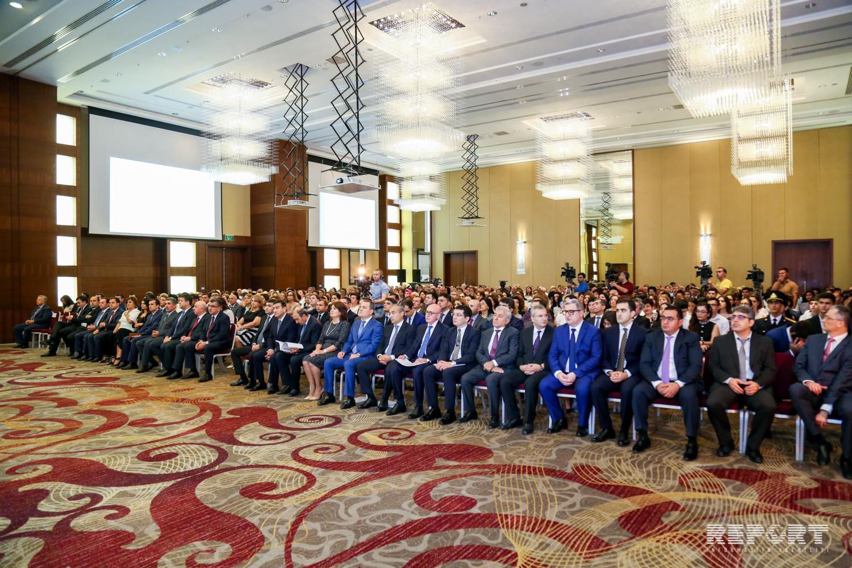 Bakı şəhəri təhsil işçilərinin sentyabr konfransı keçirilib
