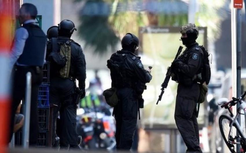Sidneydə ən azı 13 nəfəri girov götürən terrorçular Baş nazirlə görüşmək istəyir