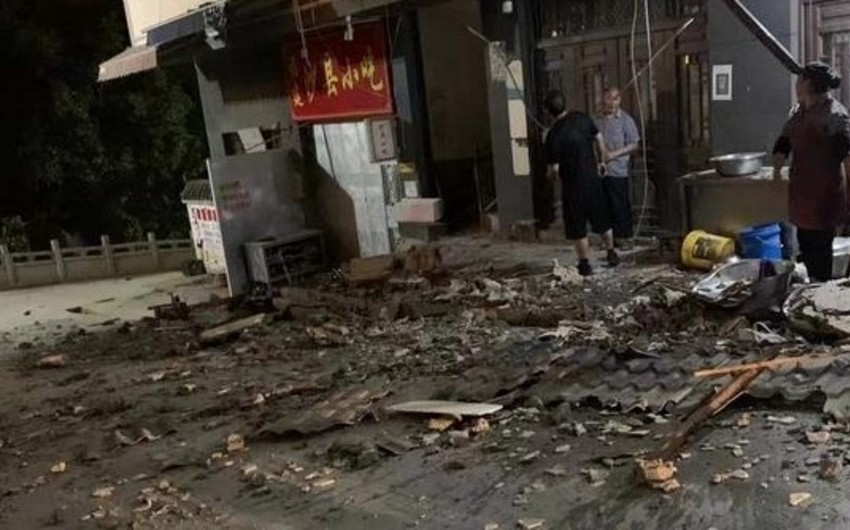 В Китае четыре человека погибли при землетрясении