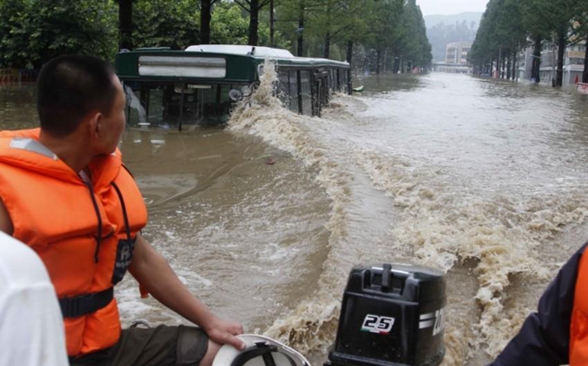 Жертвами наводнений в КНДР за выходные стали 40 человек