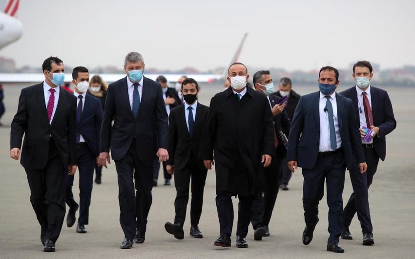 Mevlüt Çavuşoğlu arrives in Baku to discuss Nagorno-Karabakh
