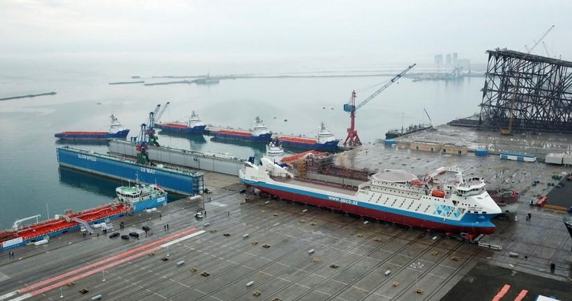 Ro-Pax tipli Azərbaycan gəmi-bərəsi ilk dəfə Türkmənbaşı limanına daxil olub