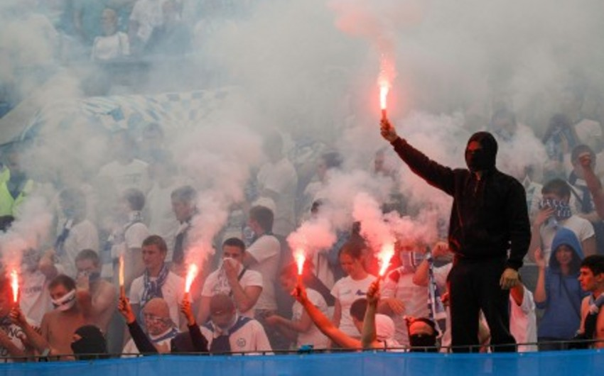 Футбольный матч Черногория — Россия повторно прекращен