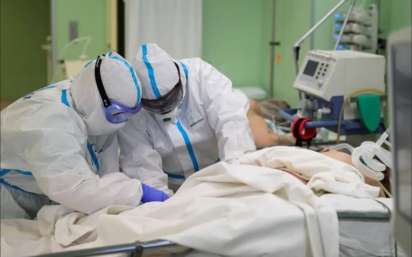Veteren futbolçudan 18 gün sonra həyat yoldaşı da koronavirusdan vəfat edib