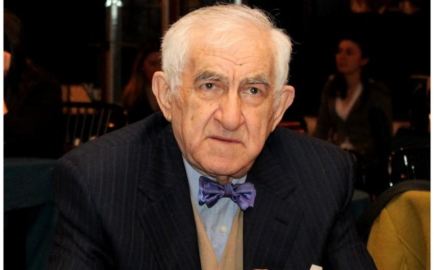 Тофик Бакиханов награжден орденом Шараф