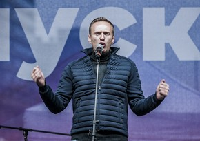 KİV: Navalnının Almaniyaya aparılması üçün təyyarə yola düşüb