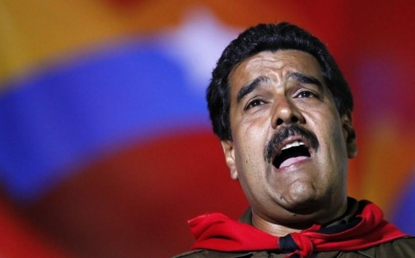 Maduro Venesuela parlamentinin yeni spikerini ABŞ-ın agenti adlandırıb