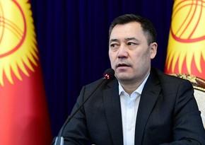 Qırğızıstanın baş naziri prezident seçkisində iştirak üçün şərt irəli sürüb